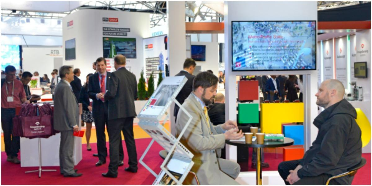 How to attract visitors to your exhibition stand