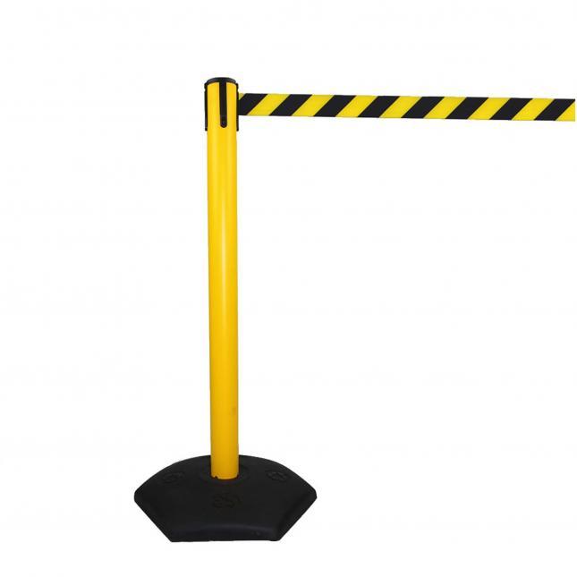 Retractable Outdoor Queue Belt Barrier
